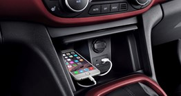 i10-gallery-phone-place-center-console-storage-getting-charged-original