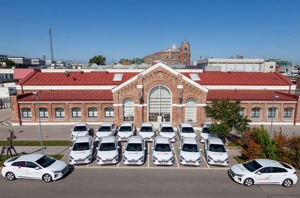 15 Hyundai IONIQ Elektro für die Wiener Netze