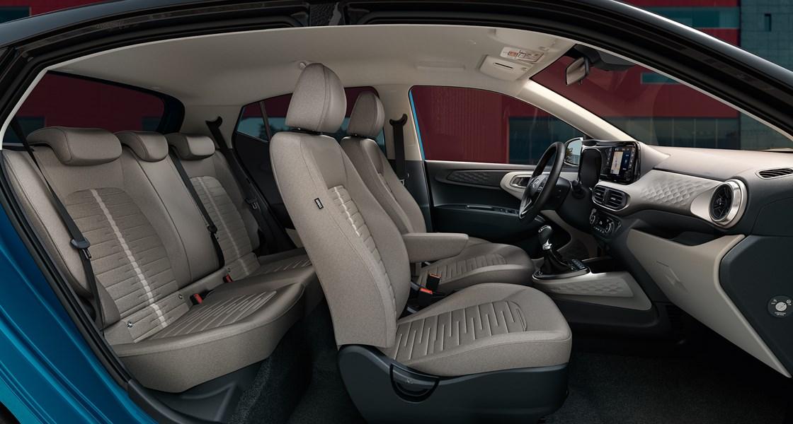 M31 AC3 interior shot roomines 4c