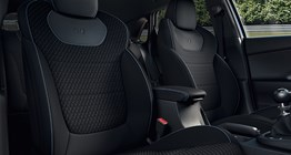 i30n-pdn-gallery-front-seats-black-cloth-pc