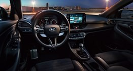 i30n-pdn-gallery-front-view-interior-pc