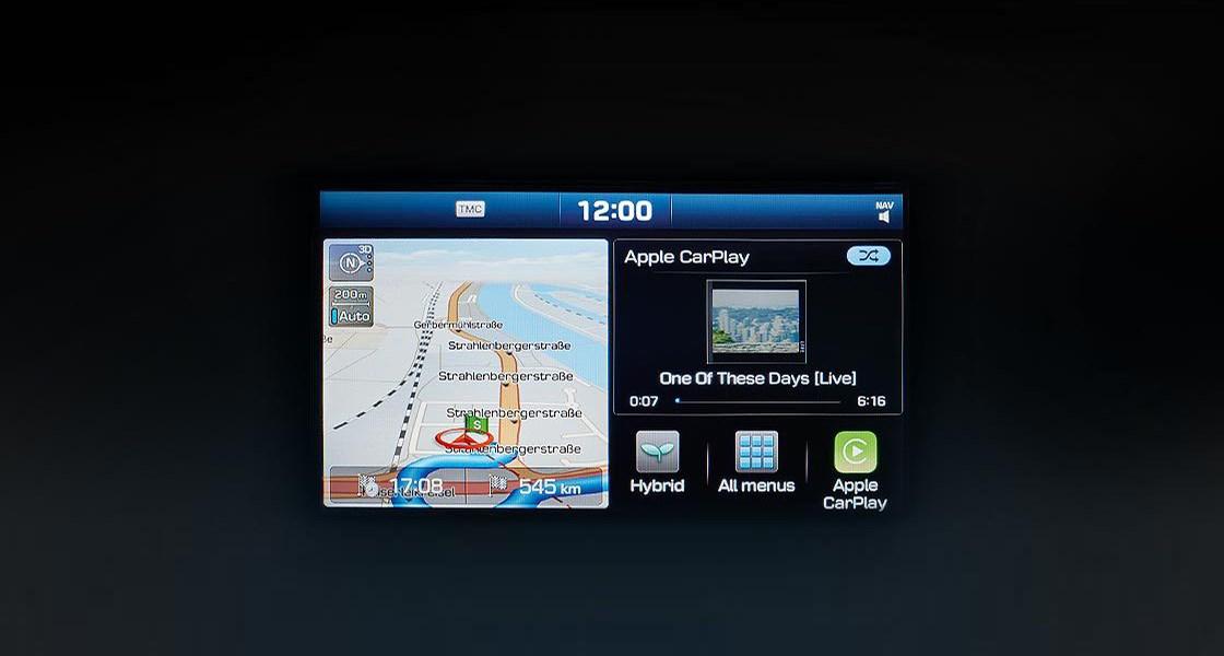 ioniq-hybrid-highlights-apple-carplay-screen-android-auto-screen-original