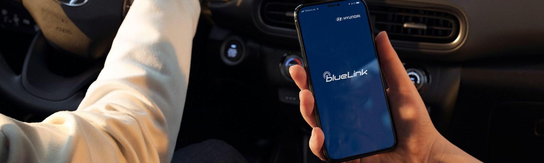 Hyundai Kona HEV Phone-Mirroring 5x4