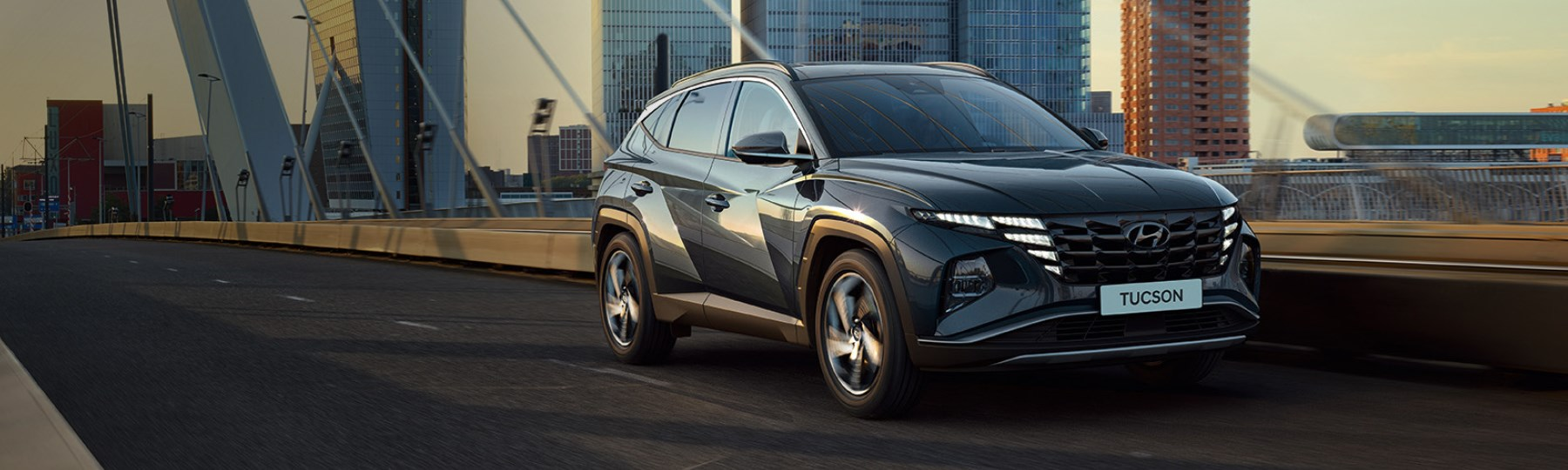 Hyundai Header Tucson-1800x540px
