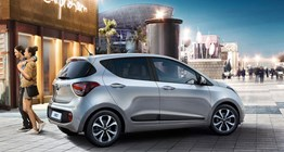 i10-gallery-side-view-silver-parked-outdoor-original