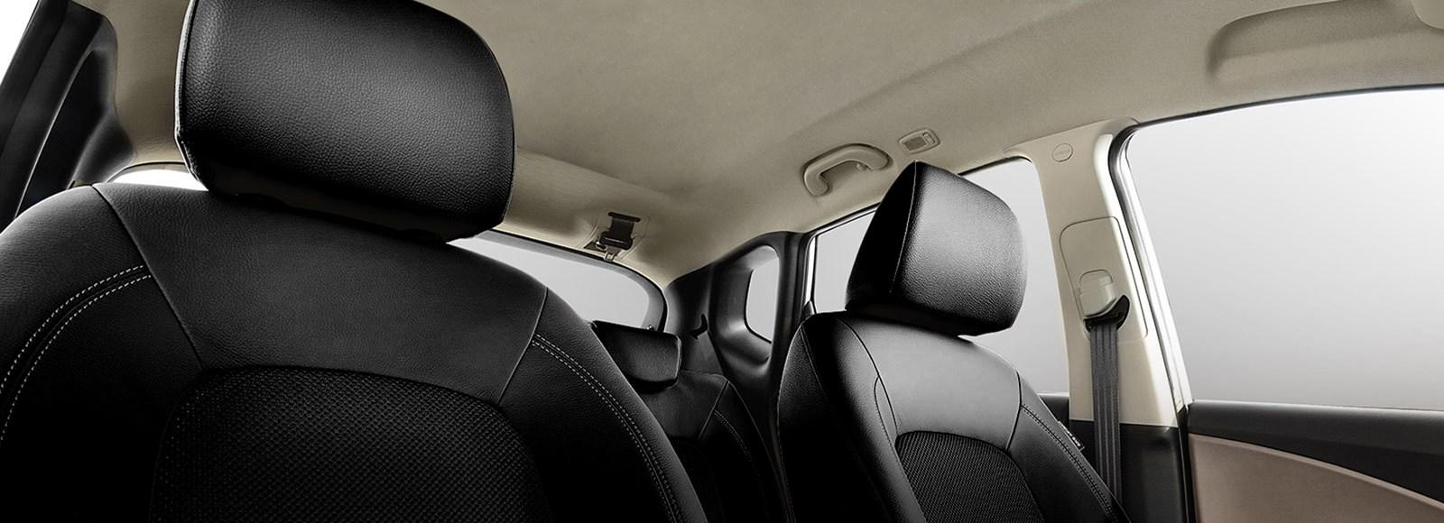 ix20-design-low-view-beige-interior-sunroof-pc