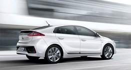 ioniq-hybrid-gallery-side-white-ioniq-hybrid-driving-fast-road-original-1